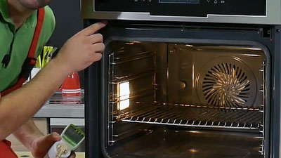 Comment tester le ventilateur de chaleur tournante d'un four ?