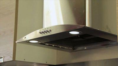 Comment changer l'ampoule d'une hotte aspirante ?