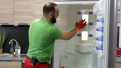 Comment remplacer l'ampoule d'un frigo ?