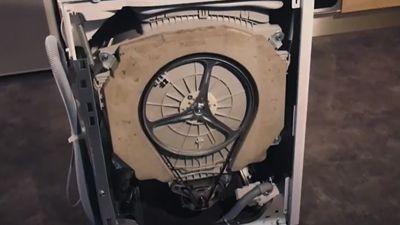 Comment tester la pompe de vidange d'un lave-linge ?