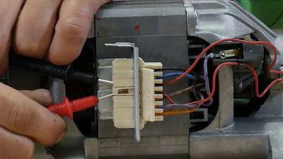 Comment tester le moteur d'un lave linge ?