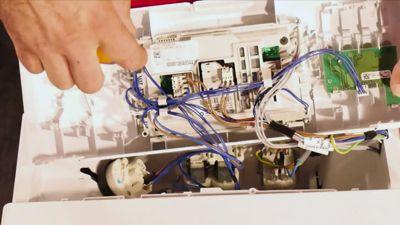 Comment changer la carte électronique d'un lave-linge ?