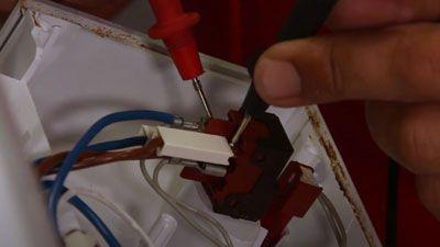 Comment tester l'interrupteur de mon lave-vaisselle