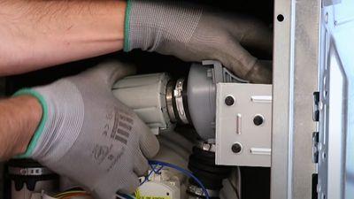 Comment changer la pompe de cyclage d'un lave-vaisselle ?