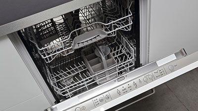 Comment changer la carte électronique d'un lave-vaisselle ?
