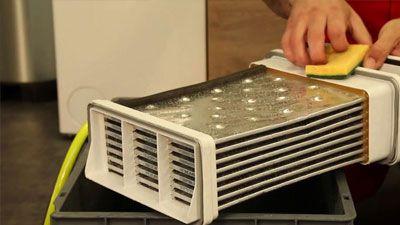 Comment nettoyer le condenseur d'un sèche-linge ?